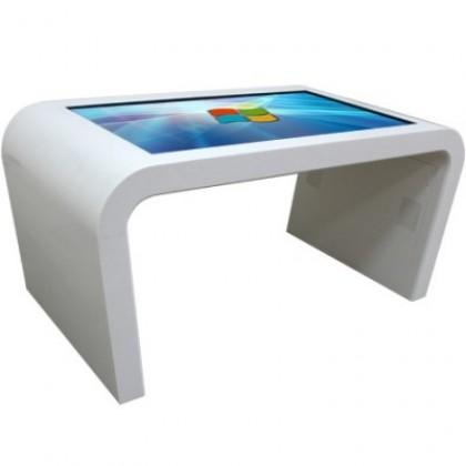 Корпус стола выполнен из искусственного камня Staron